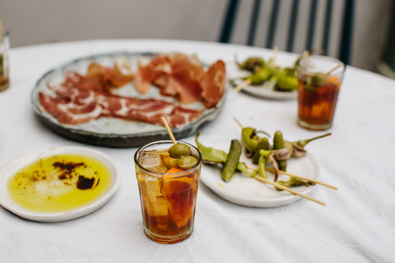 18.Vermouth table-part eaten